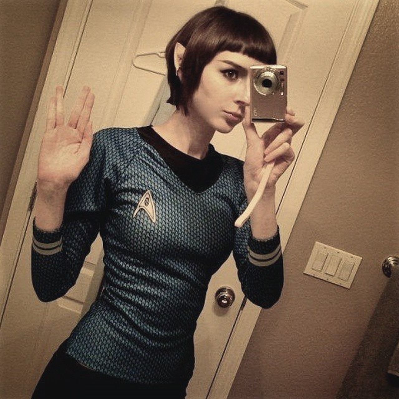 The sister Spock never told you about. My oh my. Now thats Cosplay done right. Startrek Vulcan livelongandprosper babe