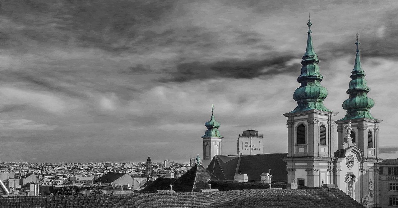 Barnabitenkirche Blackandwhite Church Flakturm Im Frieden Der Nacht Flakturm Mariahilf Panorama Selective Color Vienna