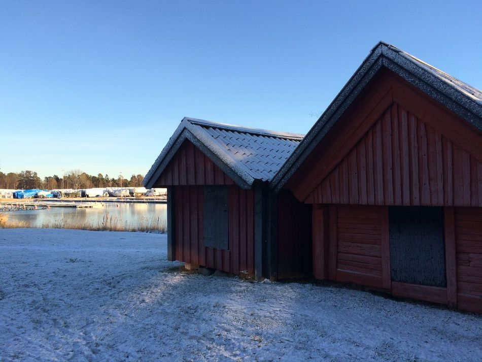 Östhammar, Sweden Landscape_photography Winterscapes Outdoors No People Snow Frozen Sea Wintertime Frozen Nature Ice Small Houses Frosty Houses Frost Cold Weather Winter_collection Winter Winter Is Coming Winter Wonderland Landscape_Collection