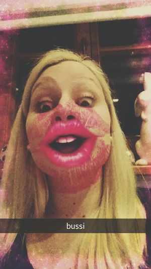 Kisses Tussi Lipps Pink Girl Love Him So Much Love Enjoying Life Sweet Lovely Have A Nice Day♥ Ich Will Keine Schockolade Ich Will Lieber Einen Mann ❤️ Sweet Moments Happy Self Portrait Faces Of EyeEm Selfie ✌ Fun Snap Snapchat Snapchat Me Girls Just Wanna Have Fun :) That's Me Faces Of The World ❤😘🌞