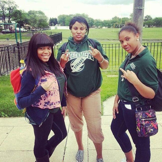 Meee && the girls we Ots squaddddd love them..! ❤❤😍😘 @yhu___savage