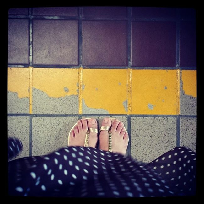 Discipline. 'Don't go beyond the yellow line.' Such a simple rule cannot even be complied with. PetPeeve Simplelangnamandipamagawa Rules Latepost