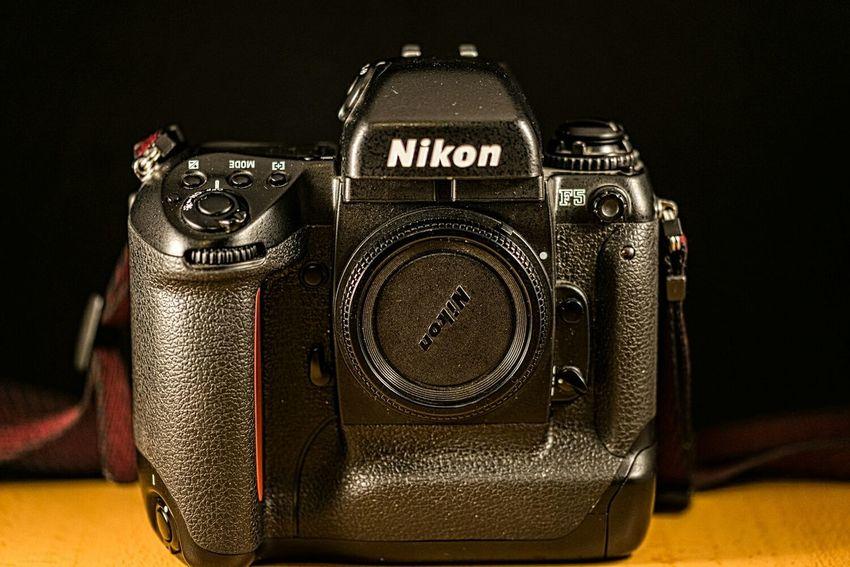 Mi último capricho, la bestia analógica 😊😊😊 Nikon D610 Old Cameras