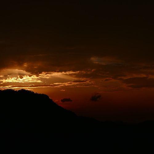 the burning skies Red Sky Burning Sky EyeEm EyeEm Nature Lover EyeEm Gallery Leica D-lux Typ109