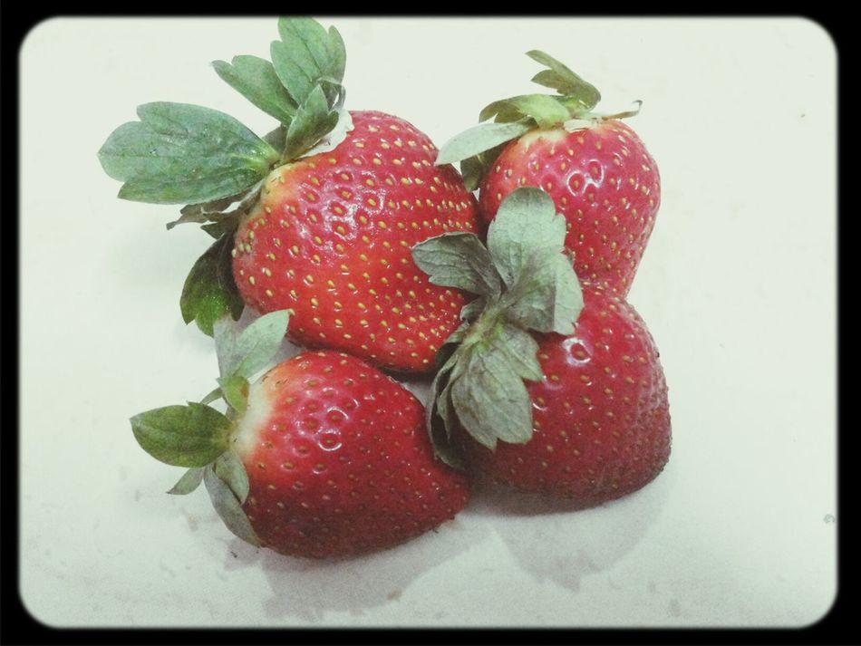 Extra delicious! Enjoying Life Redfruits Strawberries Subhan'Allah :)