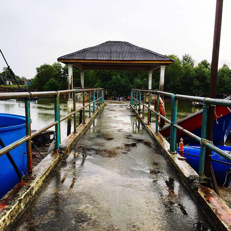 Tropics Built Structure Railing Water No People Scenics Boat EyeEmNewHere Merah-biru Is Johore Splash Of JDT Pier Jetty Building Exterior EyeEmNewHere Kampung Pasir Gudang Baru