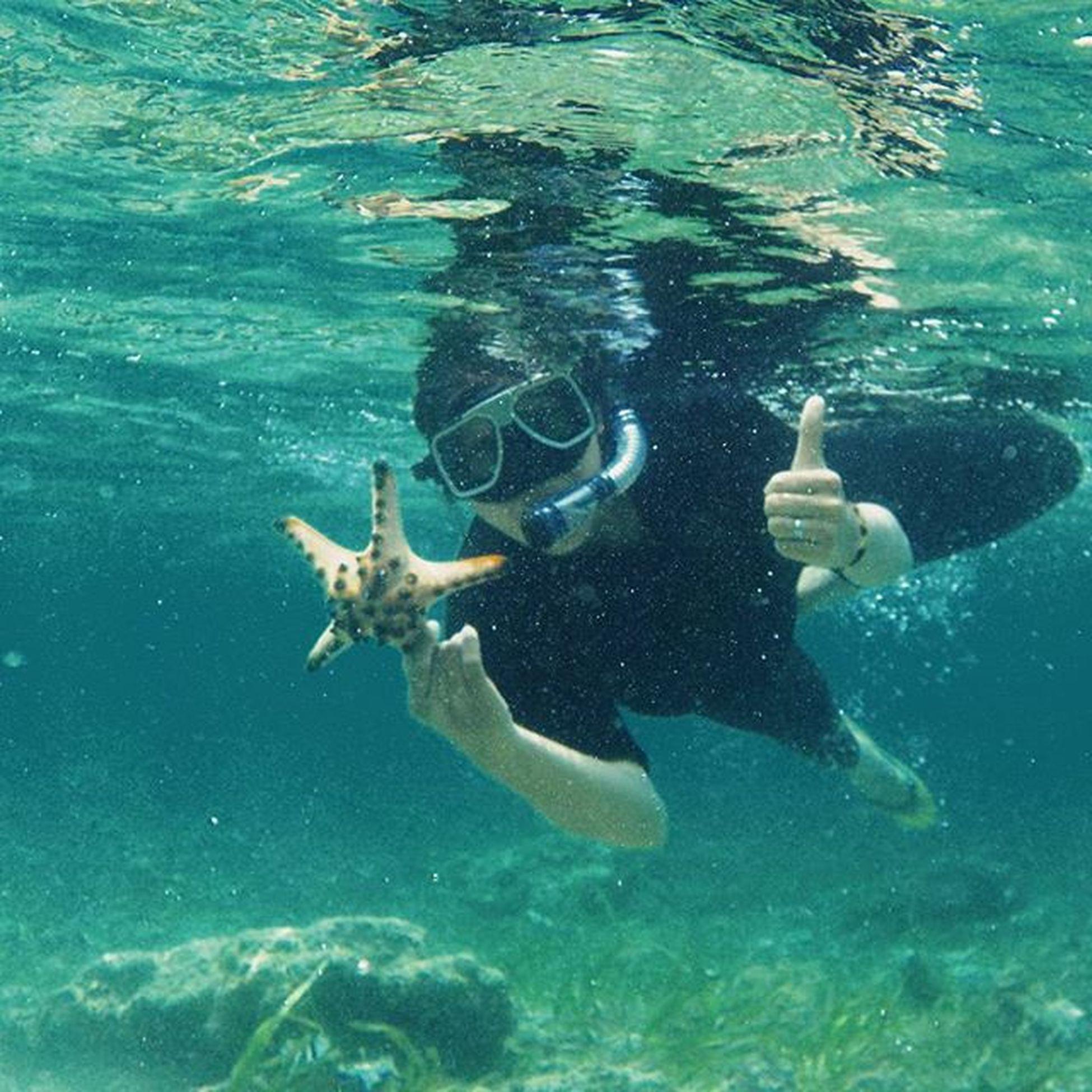 Ada keindahan di dalamnya... I LOVE IT...😍😍😍 . . . . Snorkeling Sabangtendetolitoli Sabangtendebeach Tolitoli Toliz Instaday Instatoliz Instapalu Instagram InstanusantaraPalu