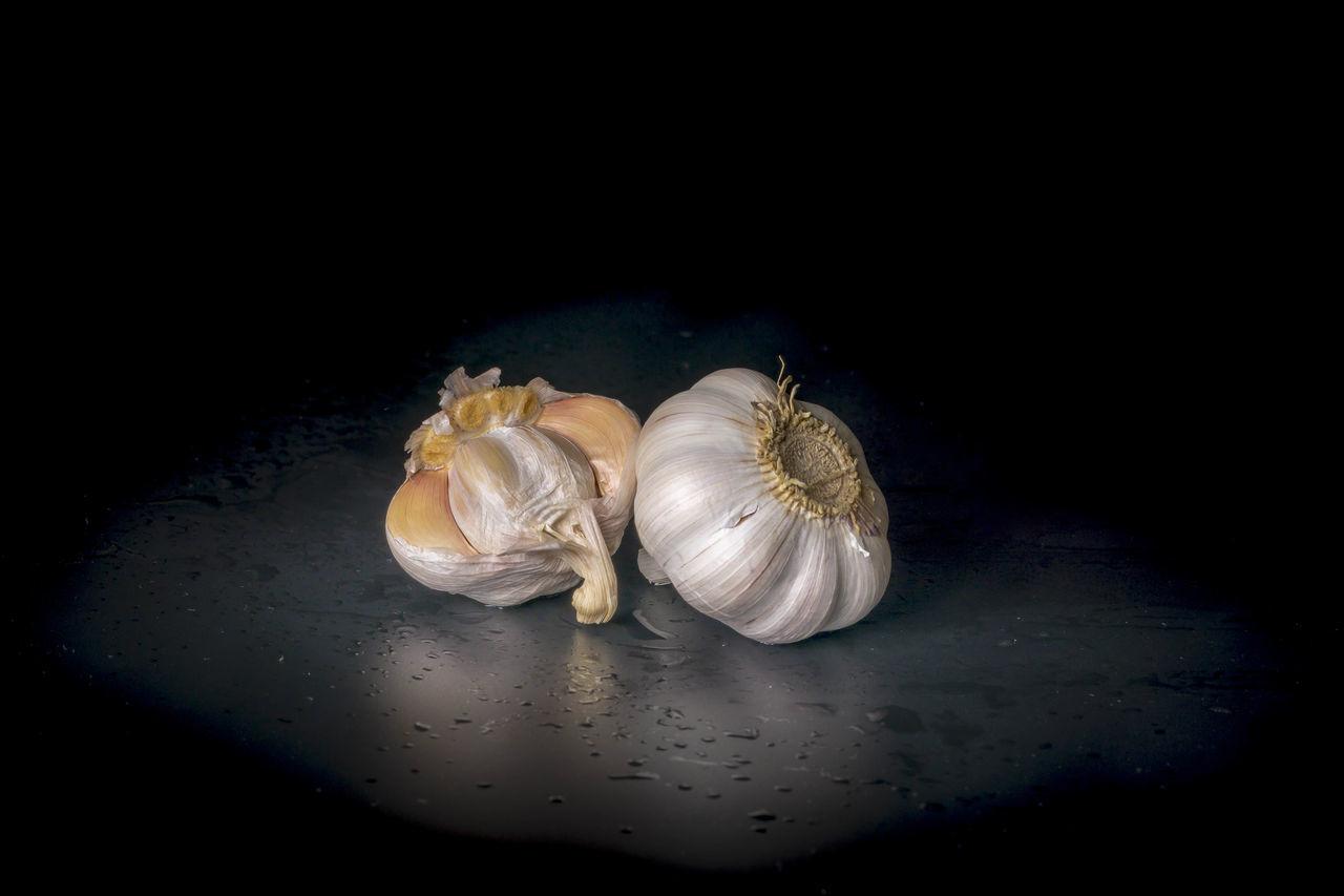 Black Background Food Garlic Garlic Bulb Garlic Clove Healthy Eating No People Studio Shot
