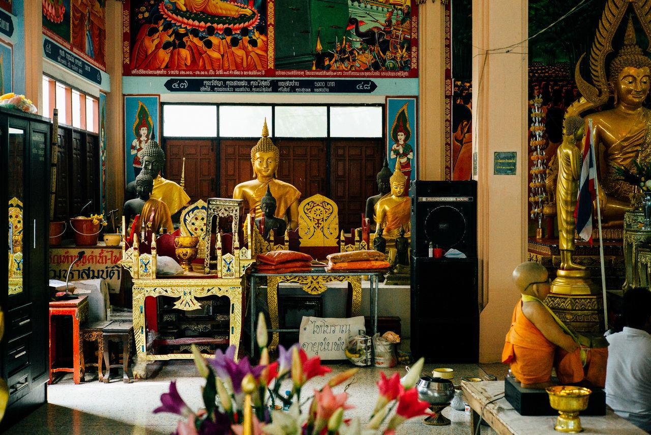 by leica 50 mm summicron v5 Leicam240 Temple Thailand Buddha Statue Buddhist Monks