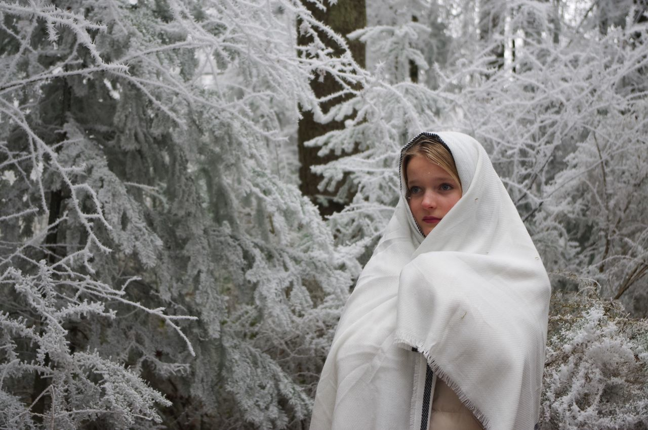 Winter Cold Temperature Snow Young Adult Forest Young Women Environment One Person Nature Beauty People Warm Clothing Adult Outdoors Snowing