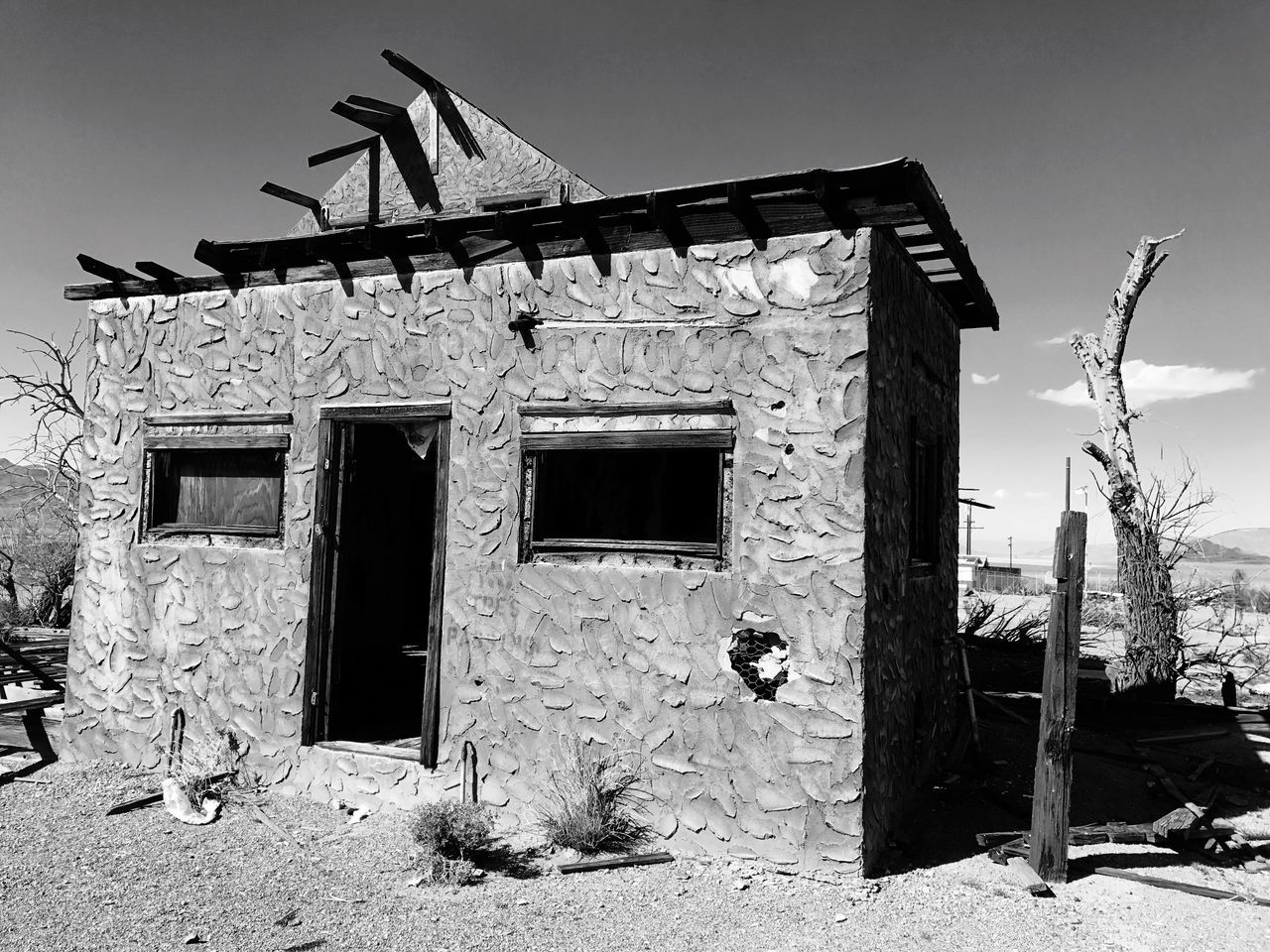 """""""Deadwood"""" An abandoned building on historic Route 66 in the ghost town of Ludlow, California rests in decay. Architecture California Mojave Desert Abandoned Buildings Travel Photography Route 66 Abandoned & Derelict Abandoned Places Old Buildings Deadwood"""
