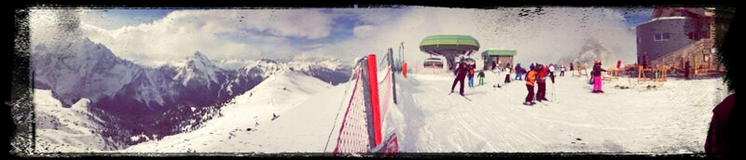 Snowboarding Hello World Italy Sellaronda