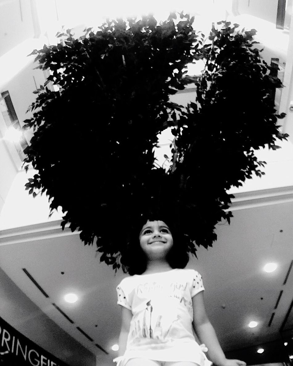 Daughter Daughtertimes Hairtree Hair Eye4photography  Street Alwahdamall One Person Portrait Standing Day Looking At Camera EyeEm Gallery
