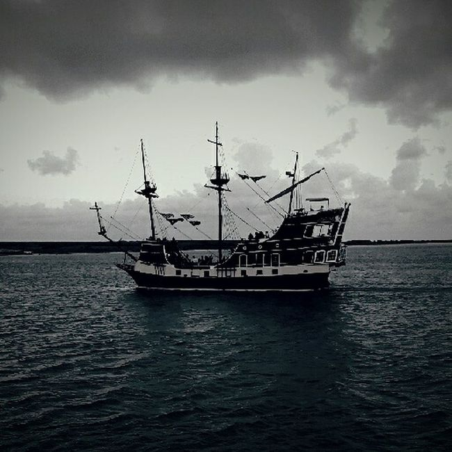 Cake by the ocean Ocean Ship Navy Ocean Corpus Christi, Tx The Isabella Vintage Photo Selective Focus Wood Ships