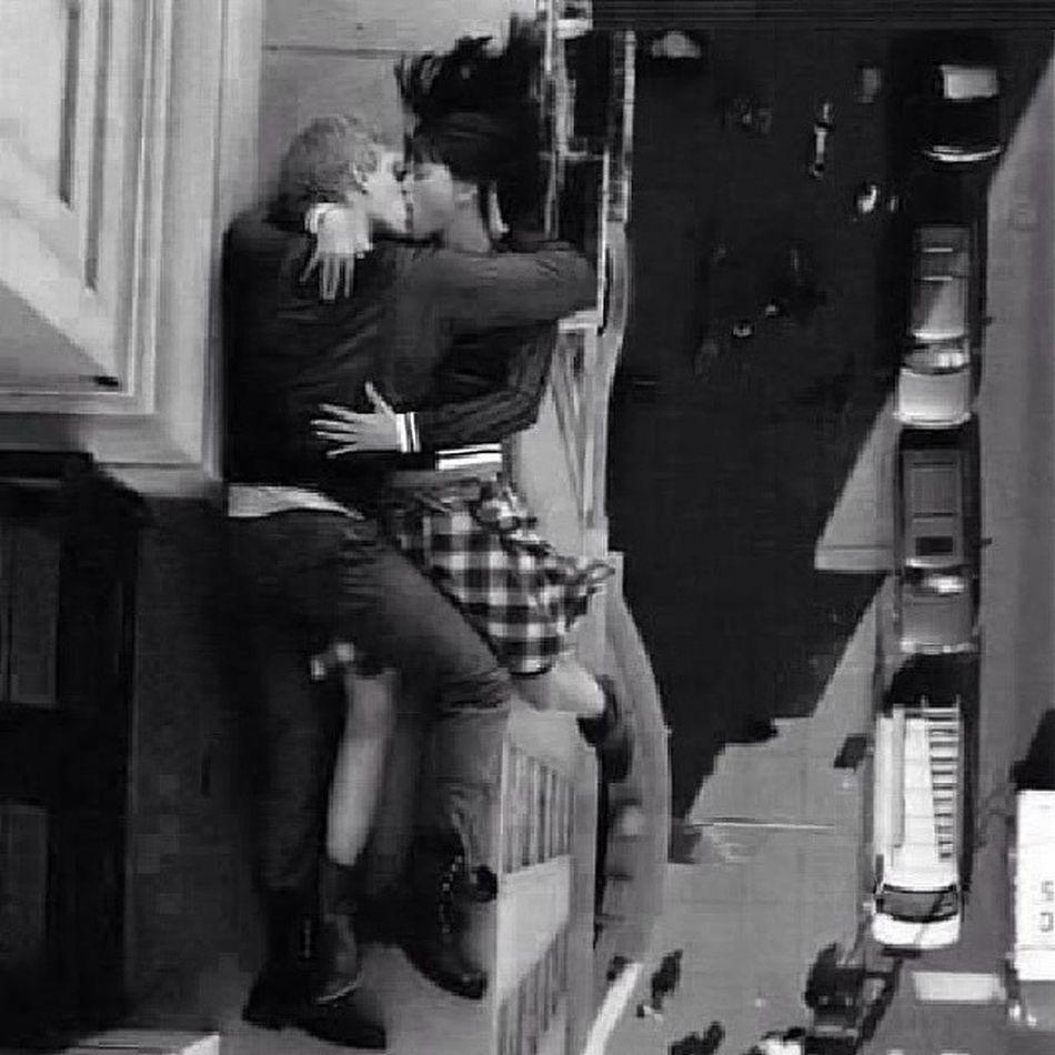 Heyecanlı Cesur Aşık Tutkulu öpücük yüksek nirvana