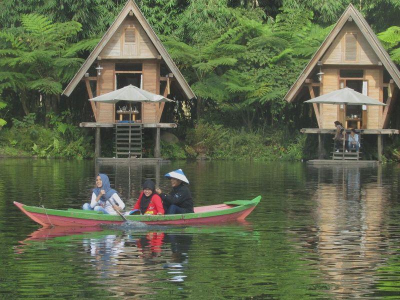 So nature... So fresh... Dusun Bambu, Lembang, Indonesia. Floating House Fresh Village View Bandung INDONESIA
