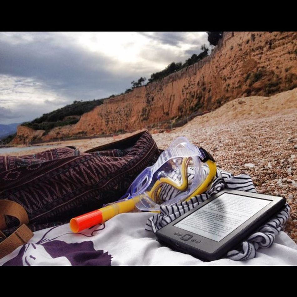Sea Sardinia Beauty Oroseigolfo Read Relax Kindle Kindlereading Follow Followme Instagood Instasea Calagonone
