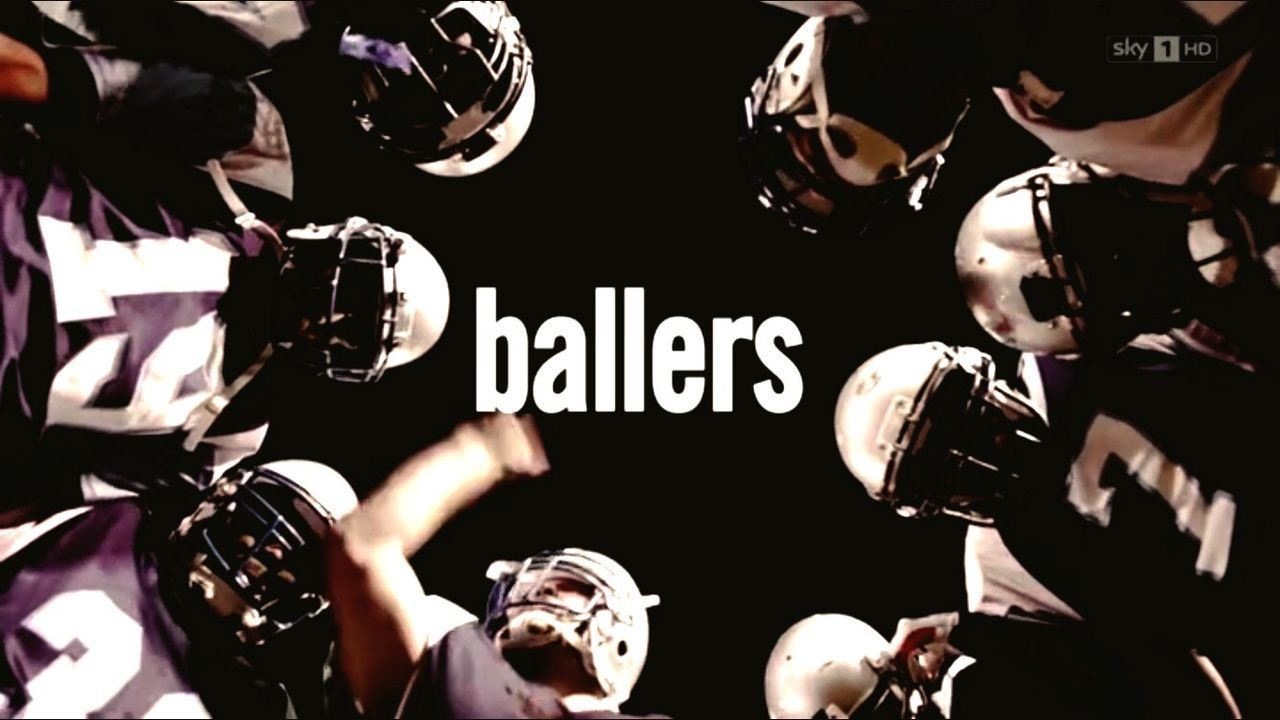 BALLERS! Best TV-Series Bestserie Therock American Football - Sport USA Money Management Sportsman Professional Sport American Football Player American Football Team Competition Group Of People Sport American Football - Ball