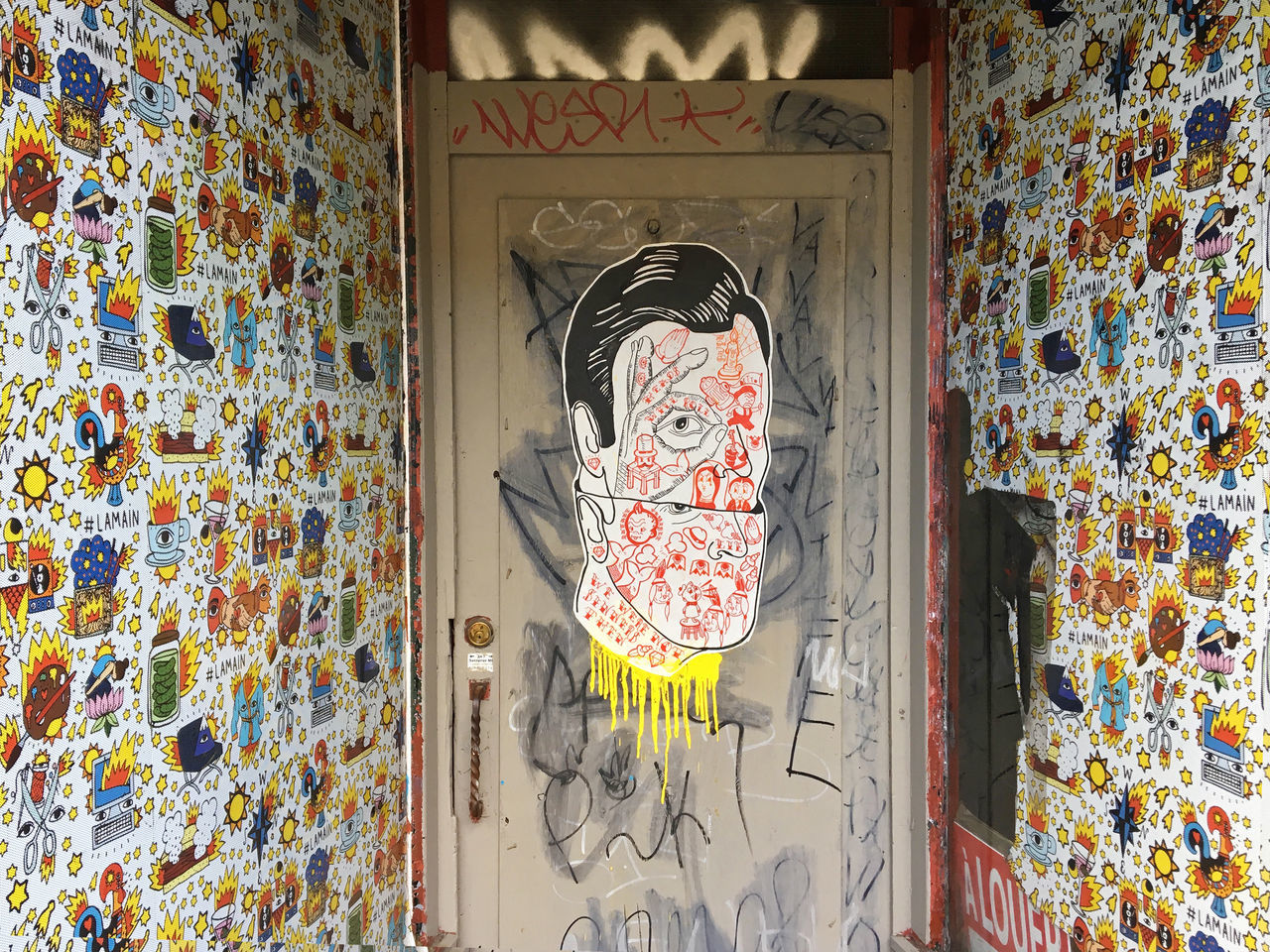 Abandoned Architecture Boulevard St Laurent Built Structure Close-up Closed Day Decals Decoration Design Door Graffiti Graffiti Art La Main Montréal Multi Colored My Neighborhood No People Ornate Plateau-Mont-Royal Store Front Streetart Streetphotography Wood - Material