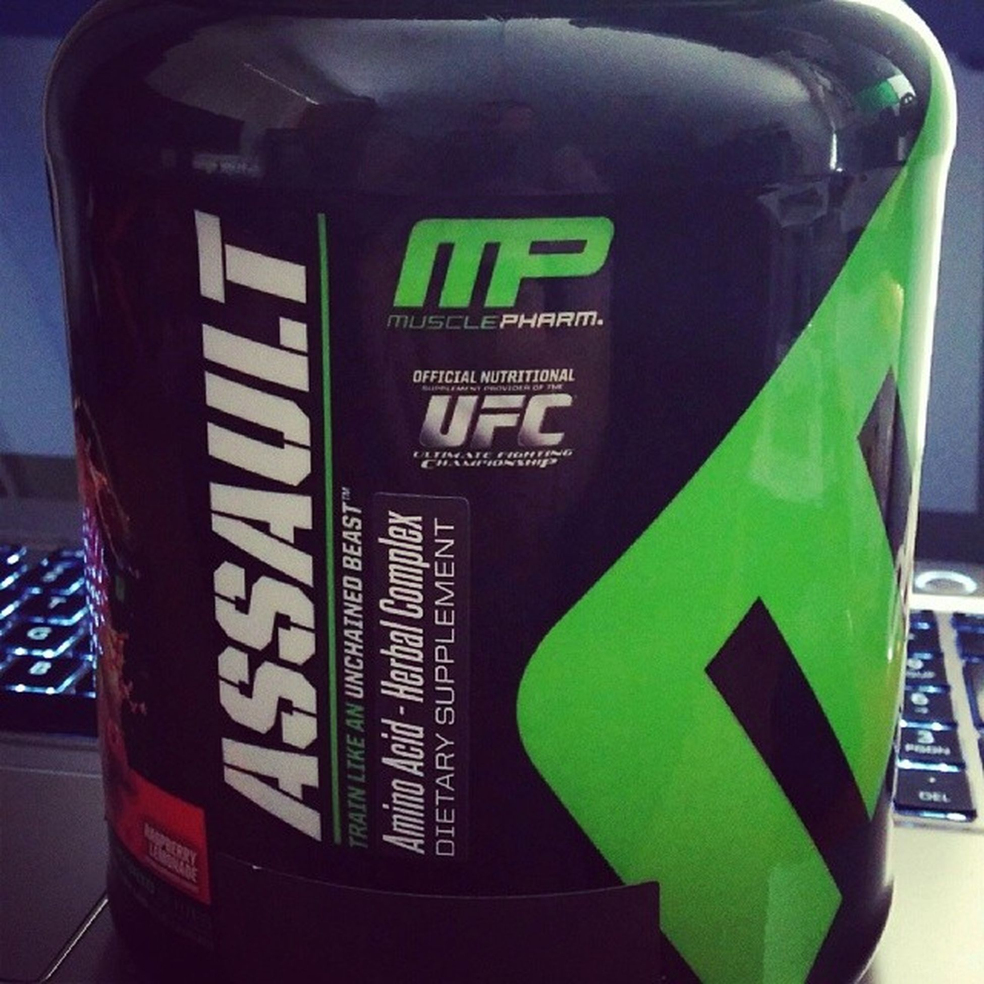 I've tried a lot of pre-workouts in the past, but never one from MP. Hopefully it's good stuff. MP Musclepharm Assault Preworkout training gym workout