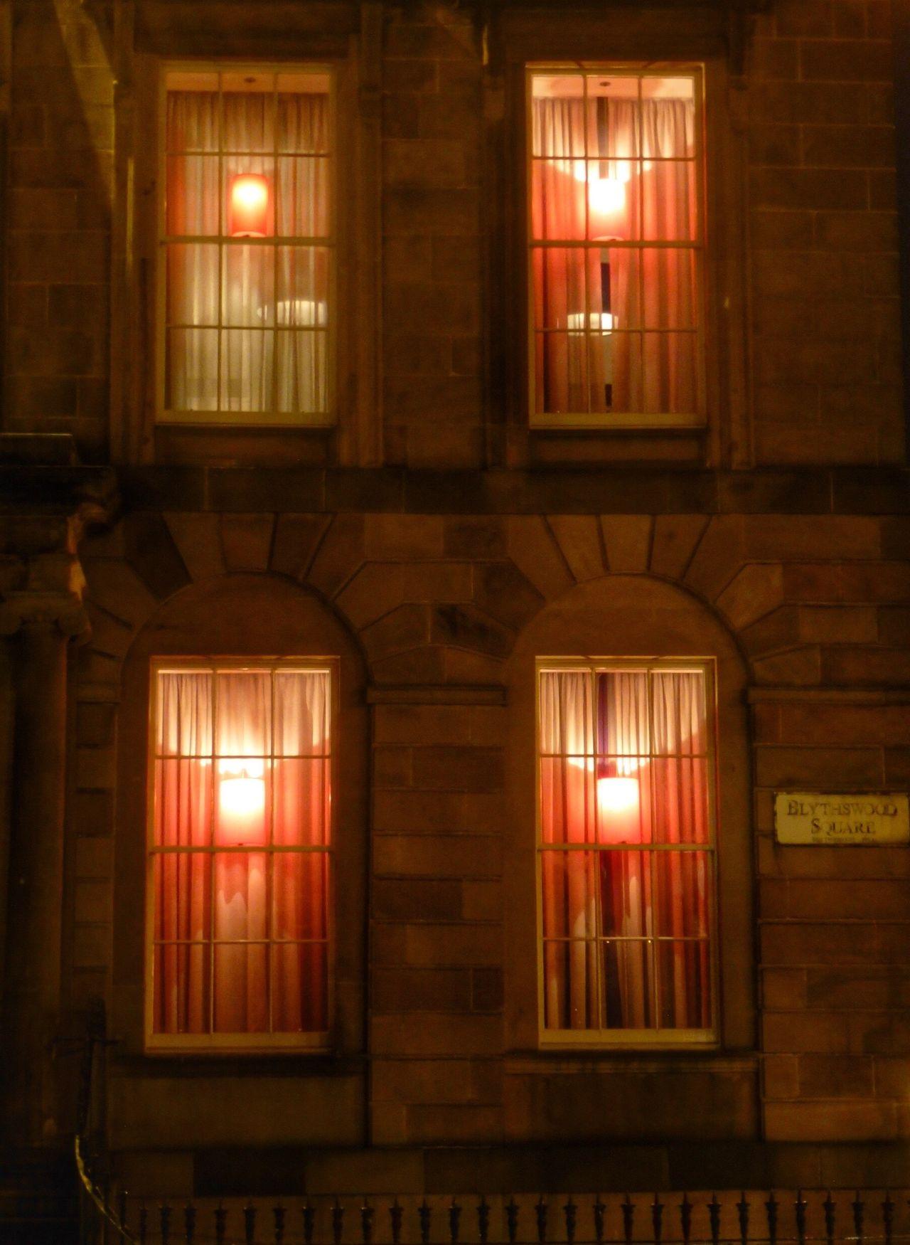 Learn & Shoot: After Dark EyeEm Gallery EyeEm Best Shots Glasgow At Night Colorful EyeEmBestPics Eye4photography  Scotland Life Nightphotography Scotland 💕 Colors Glasgow Hotel Blythswood Hotel Red