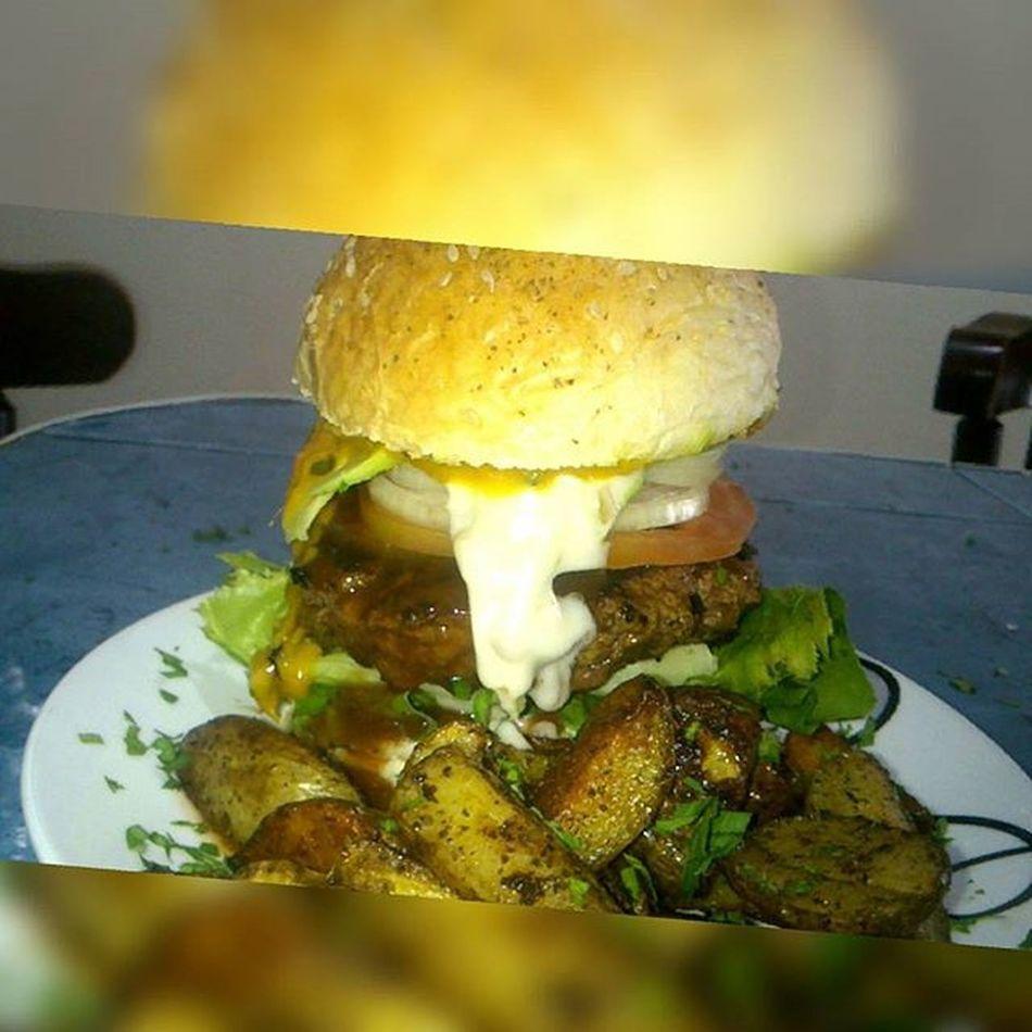 Burgertime Homemade Bun Mangosaucespicy Avocado Homemadepotatoe