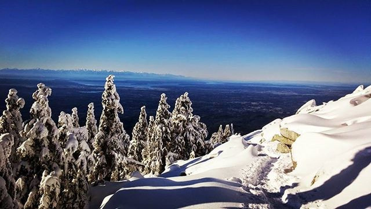 Mount Pilchuck ❄ hike 2014. Its almost that time of the year again! WA Washington Pacificnorthwest PNW Pacificnorthwestisbest PNWonderland Snow Hiking Views Adventure Explore Rei1440project Everytrailconnects Getlost Getoutdoors Cascades Beautiful Mountains
