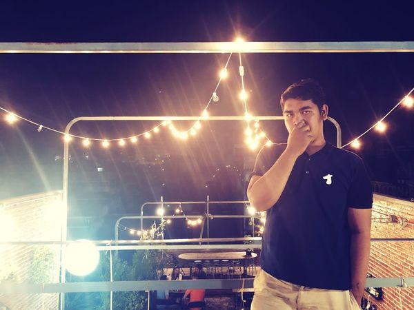 Night Illuminated Music Arts Culture And Entertainment Nightlife Real People Three Quarter Length