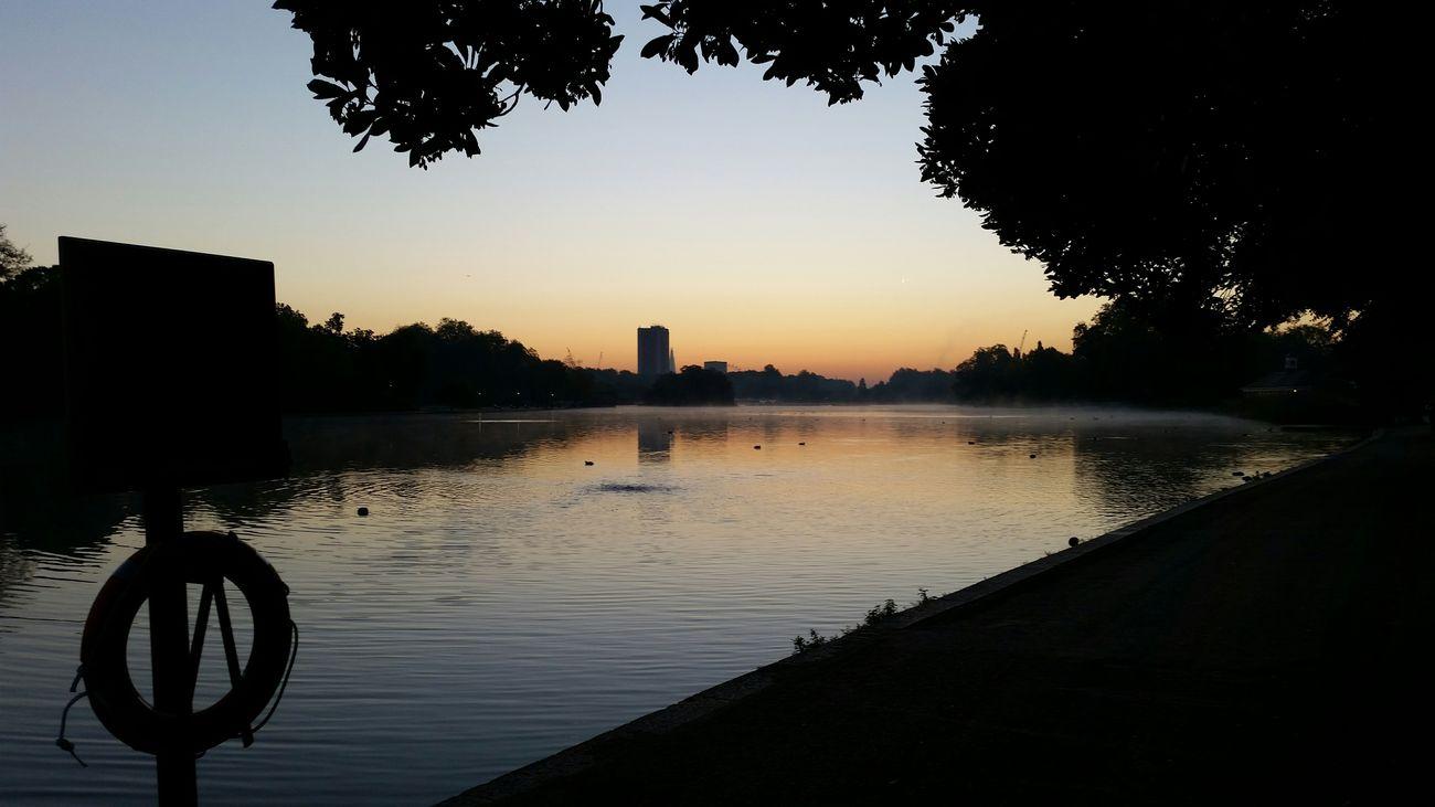 Morning Kennsingtongardens Beautiful Morning Kennsingtongardens Hidepark London Magic Traveling Journey