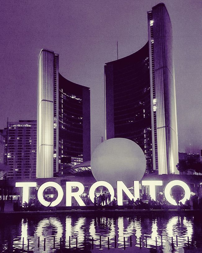 The city i ❤ ... my city where i belong. Illuminated Architecture Skyscraper Building Exterior Office Building Reflection Modern Battle Of The Cities Sunset_collection Travel Destinations Photo Of The Day Original Experiences Photooftheday Torontophotography Toronto Toronto Skyline Toronto Landscape Torontophotographer TorontoLife Torontoartist