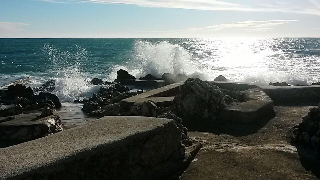 Waves Crashing Sea Sun Glare