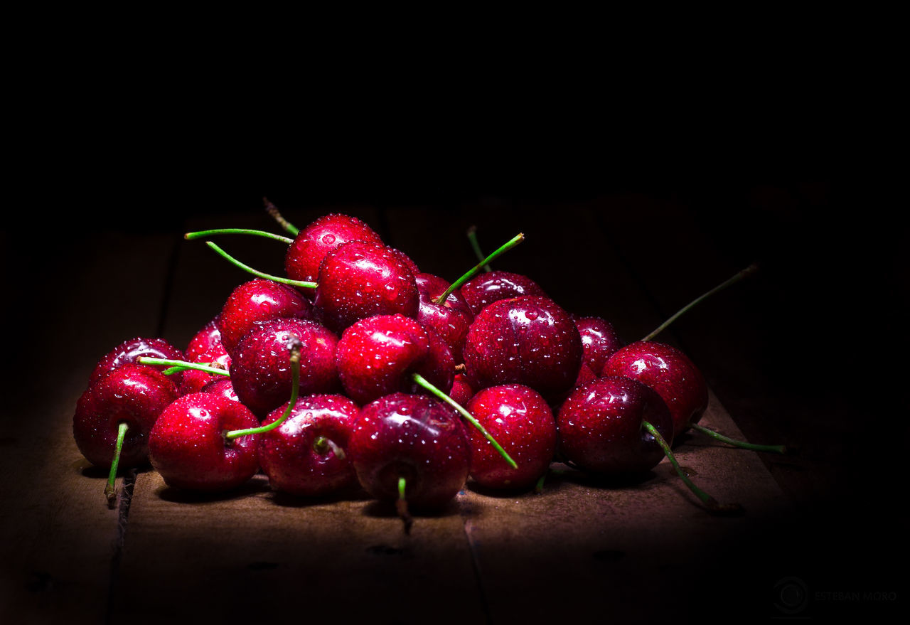 Berrys Black Background Close-up Colander Dark Food Food And Drink Freshness Fruit Healthy Eating Indoors  No People Red Studio Shot Water