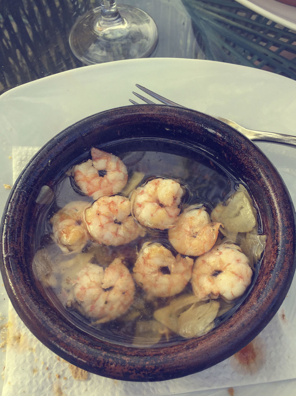 Tapas, Camarones al ajillo, prawns in oil and garlic sauce Bowl Comfort Food Food Food And Drink Food And Drink Garlic Healthy Eating Lunch Lunch Time! No People Oi Prawns Ready-to-eat SHELLFISH  Spanish Tapas