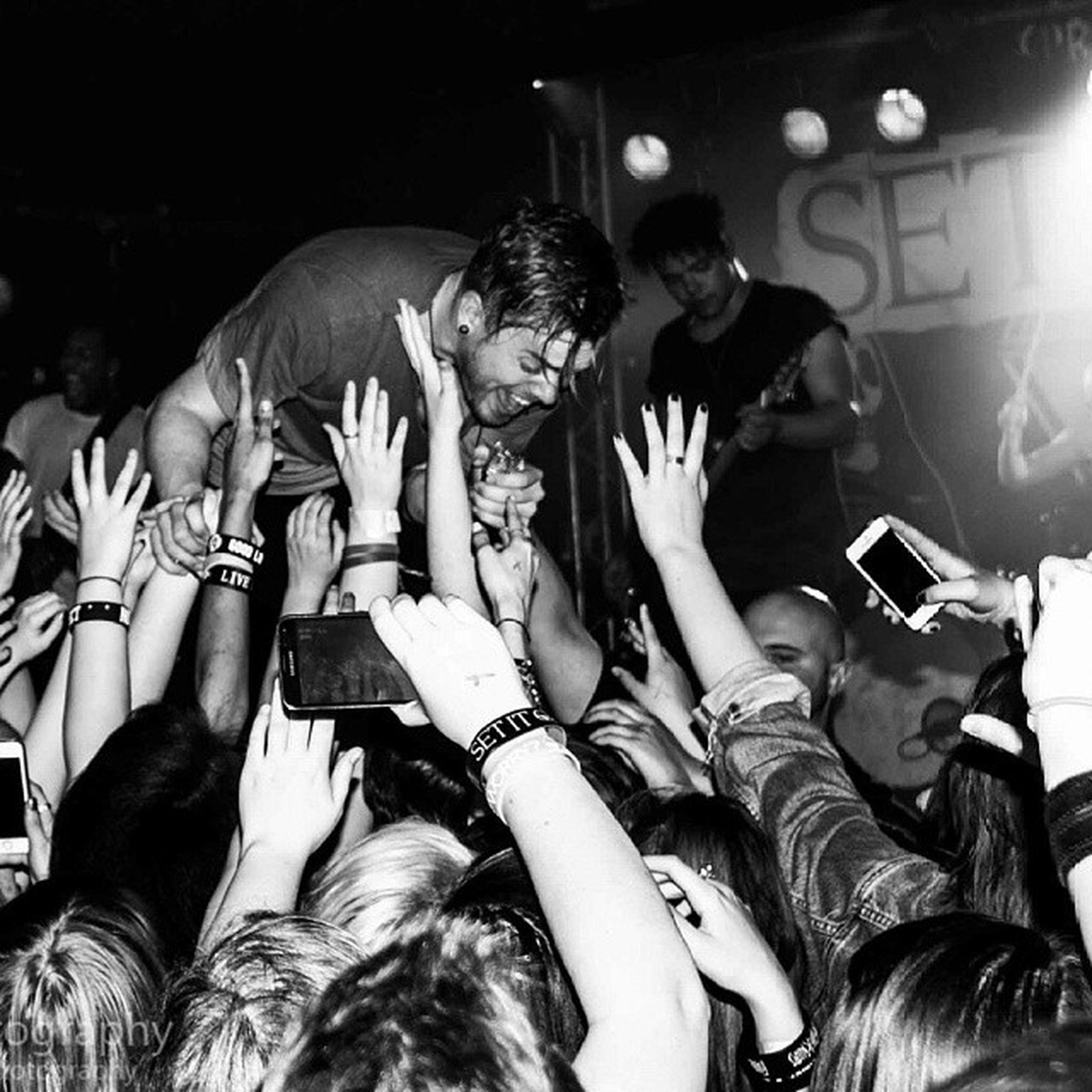 @codysio // @setitoffband // Birmingham ©Clara Parisi Photography - Codysio Setitoff Theasylumvenue TheAsylum Claraparisiphotography Crowd Blackandwhite Birmingham Mono Uprawrlive Musicphotography