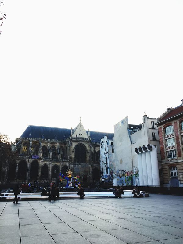 Architecture Cathedral Fontain Place Graffiti Artistic Installations Pompidou Bright Paris City Illuminated