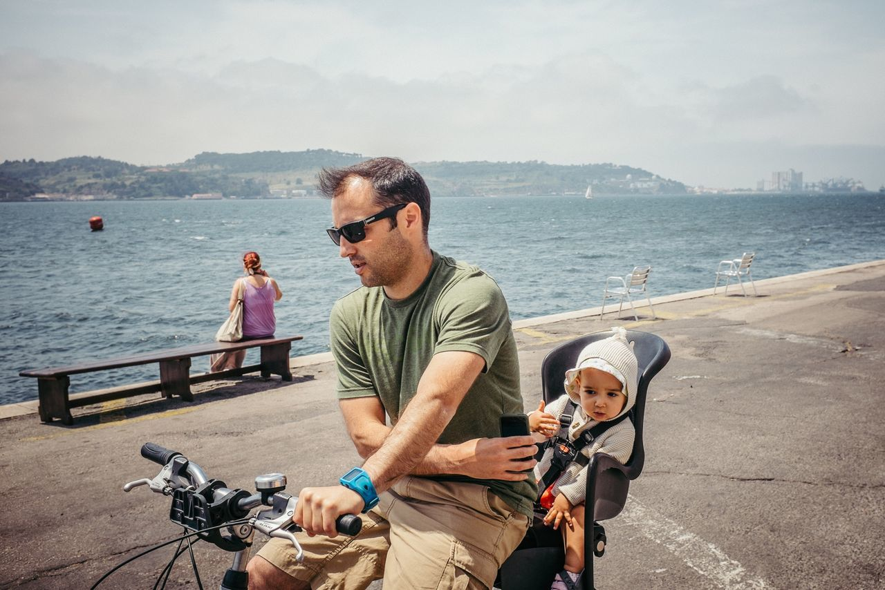 Beautiful stock photos of fahrrad, water, sea, lifestyles, casual clothing