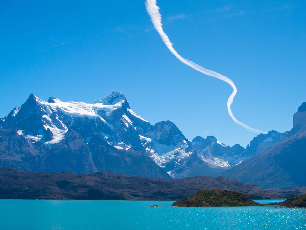 Beautiful stock photos of amerika, Beauty In Nature, Blue, Calm, Contrail