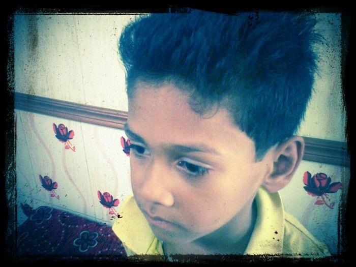 cute boy , fresh mind Looking At Things