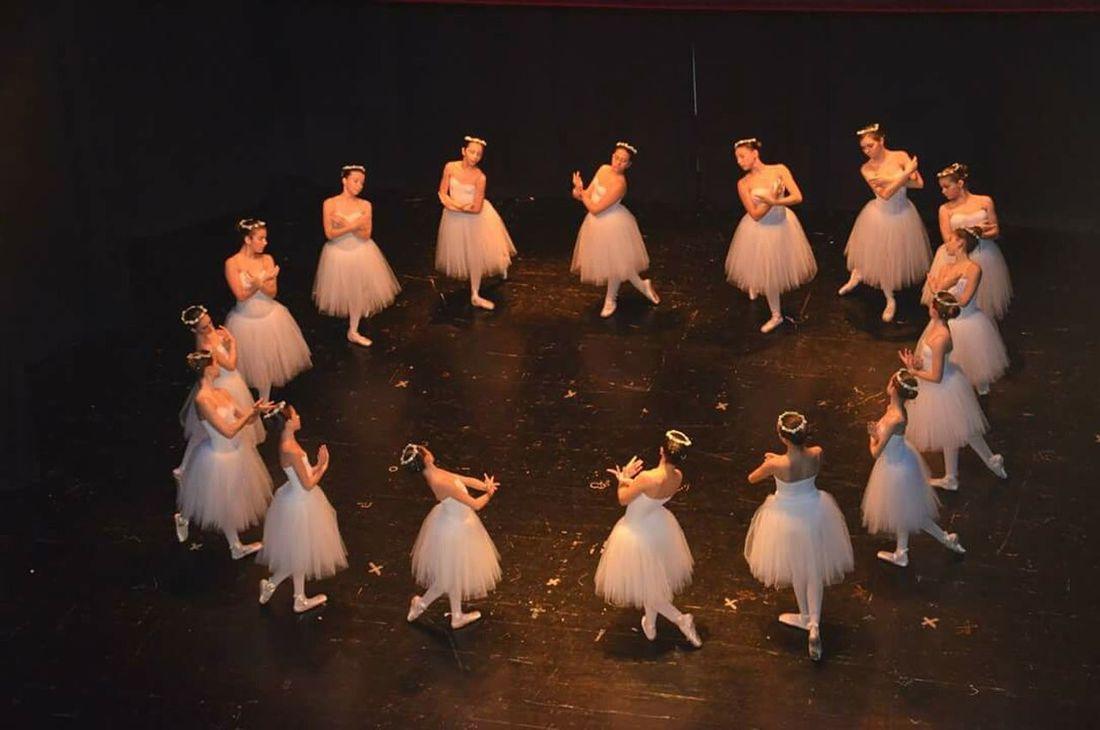 Fermo Italy Ballet Dancer Classic Elegance Classic Music Classic Ballet Pinkdress Tutudress