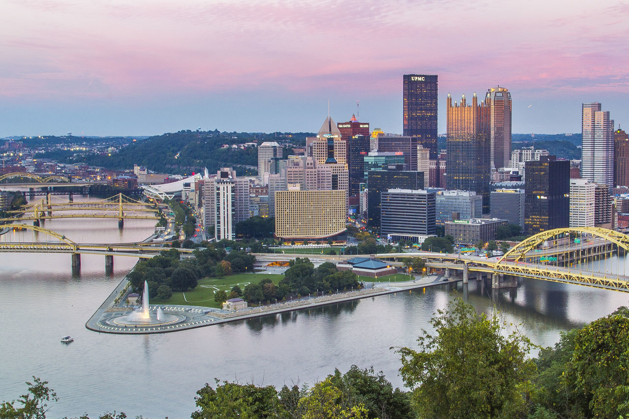 Pittsburgh Landscape_photography Cityscapes Mount Washington  The Point Fountain Point State Park Downtown City The Great Outdoors - 2016 EyeEm Awards Urban Exploration Urban The City Light