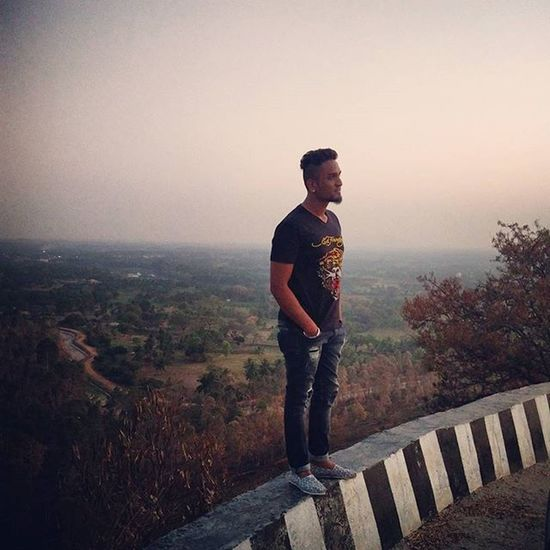 This is one of the best trips i ever had Realised that Travelling is also one of the best ways to fight your mind out of Depression sometimes Natureheals but still somewhere deep inside the Scar remains!!! Karighatta Coorg Mysore2016 Ontheedge♔✌♔✌♔✌