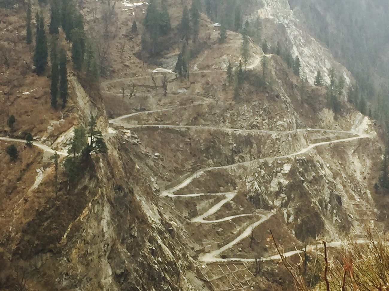 The enormous way to a heaven of place! Known as a village Malana(INDIA) Hello World