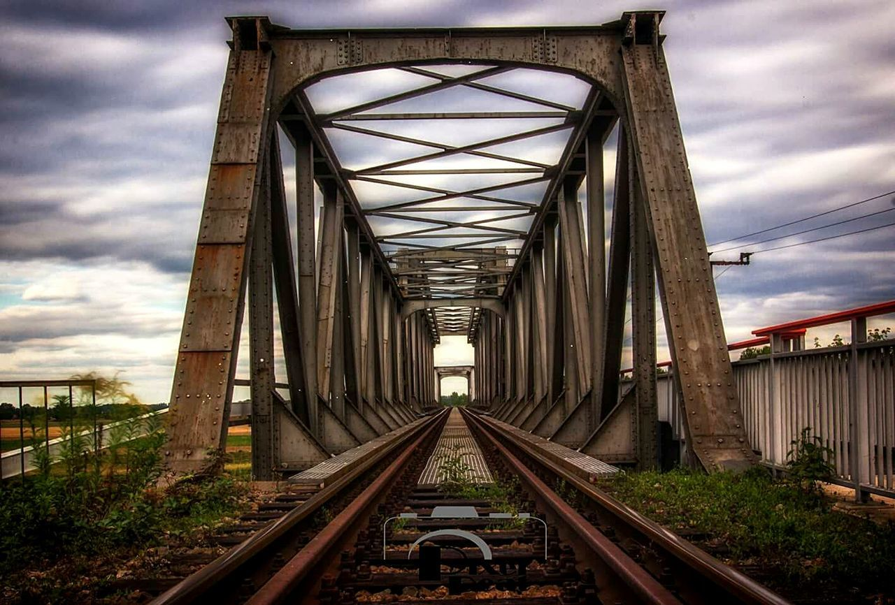 Bridge - Man Made Structure Transportation Connection The Way Forward Built Structure Railroad Track Outdoors Architecture Rail Transportation Nature Nature Photography Canon600D Langzeitbelichtung Pixelpeat Landscape_photography Faces Of EyeEm EyeEmNewHere
