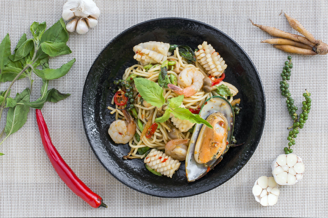 Chilli Directly Above Drunken Food Food And Drink Freshness Healthy Eating Mussel Pasta Plate Prawn Seafood Seafood Spaghetti Spice Spicy Taste