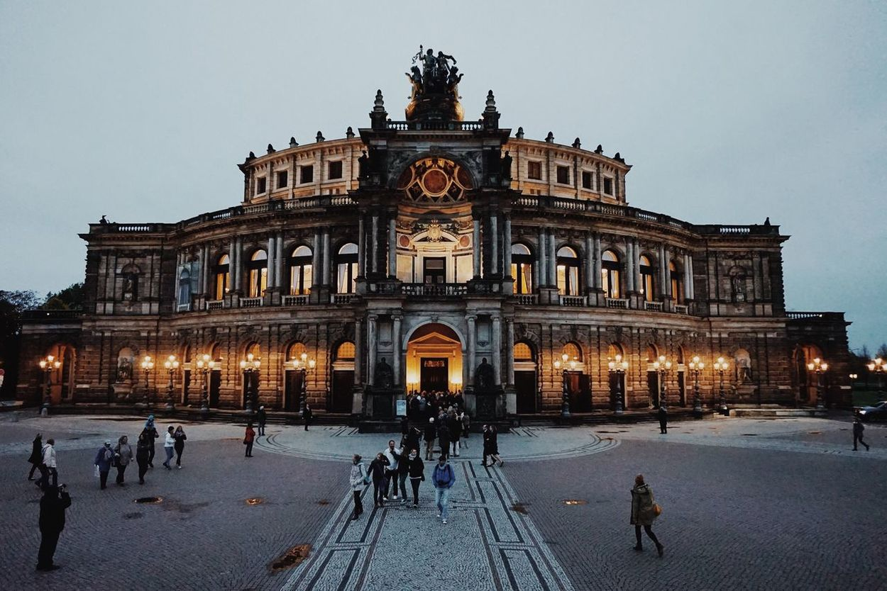 dresden's beautiful opera house. Opéra Dresden Architecture The EyeEm Facebook Cover Challenge
