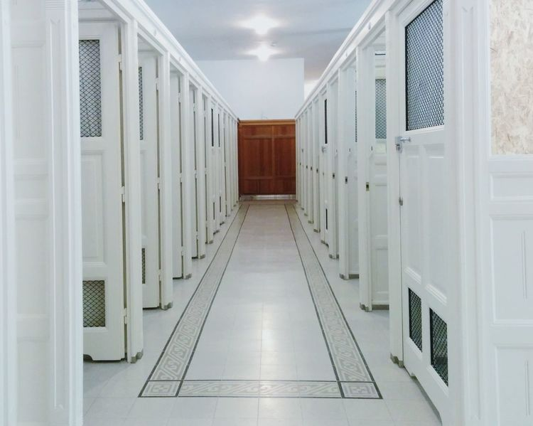 Spa Corridor White White Color Indoors  The Way Forward No People Architecture Illuminated Day