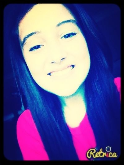 im just a girl , trying to find my place in this messed up world. ∞