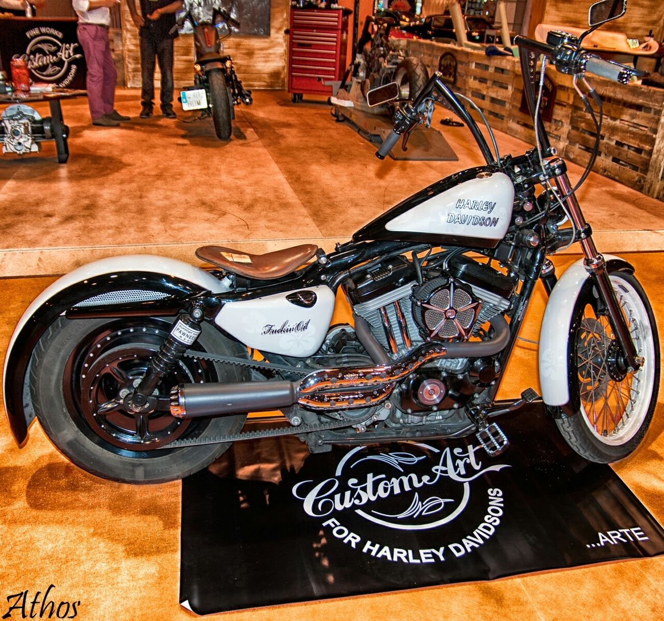 """Valentina"" de Custom Art Mulafest Customart Harleydavidson Harley Davidson Motorcycle Custom Bikes Kustomkulture Custom"
