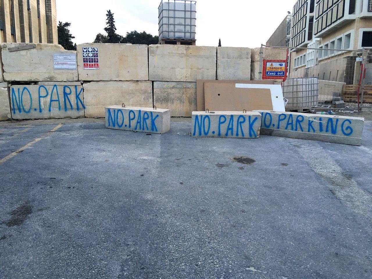 No Parking University Of Malta Campus Of Malta Forbidden Parking Maltagraphy