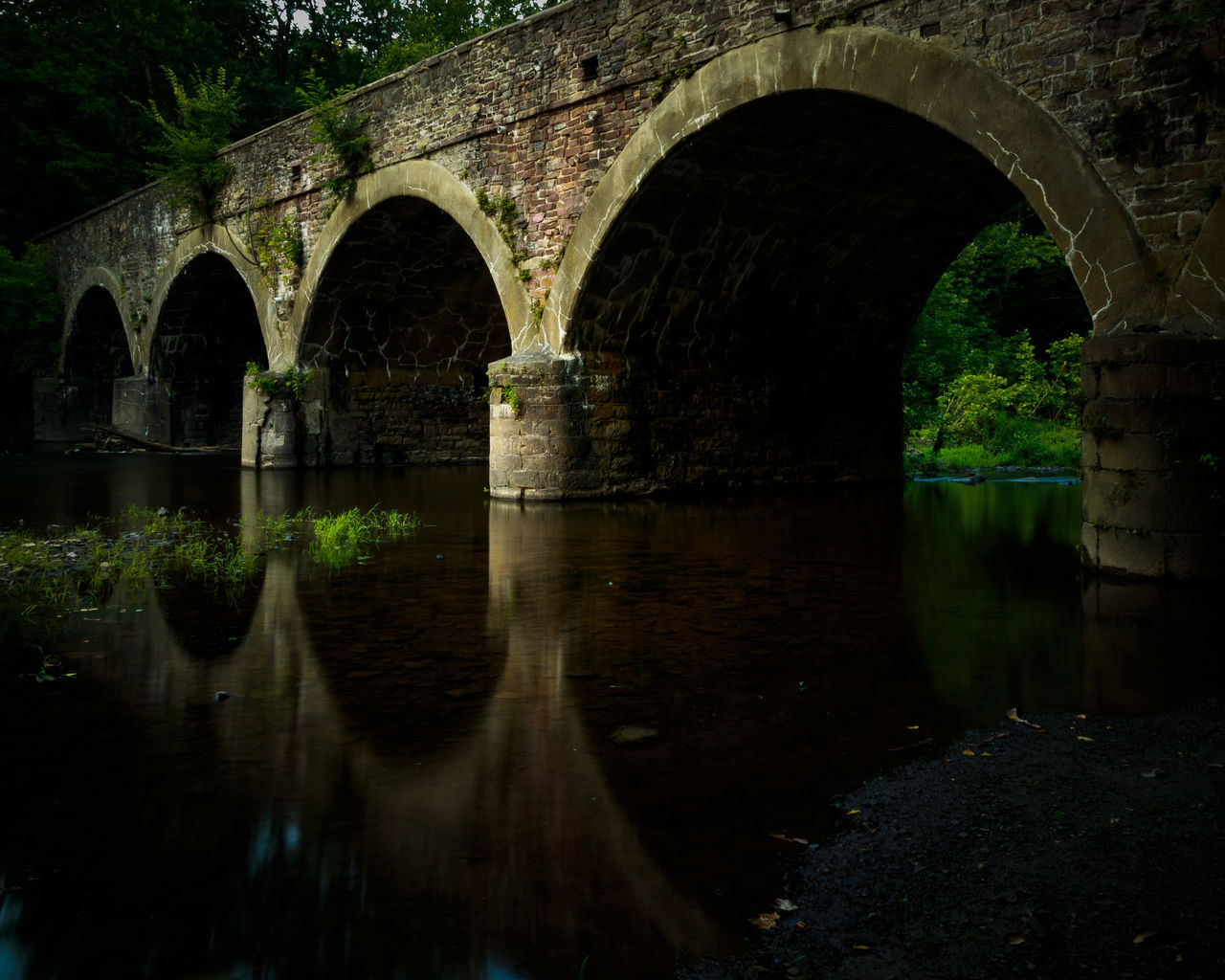 arch, bridge - man made structure, architecture, arch bridge, reflection, connection, water, built structure, no people, outdoors, day, tree, nature